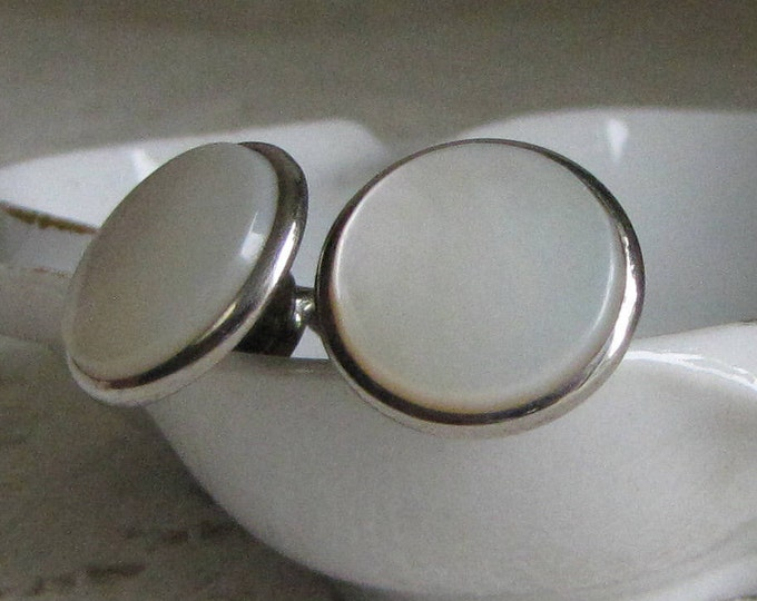 Hickok Cuff Links Mother of Pearl Vintage Men's Jewelry and Accessories