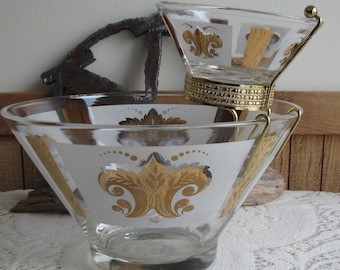 Festive Chip and Dip Bowls Anchor Hocking Vintage Partyware and Kitchens 1960s