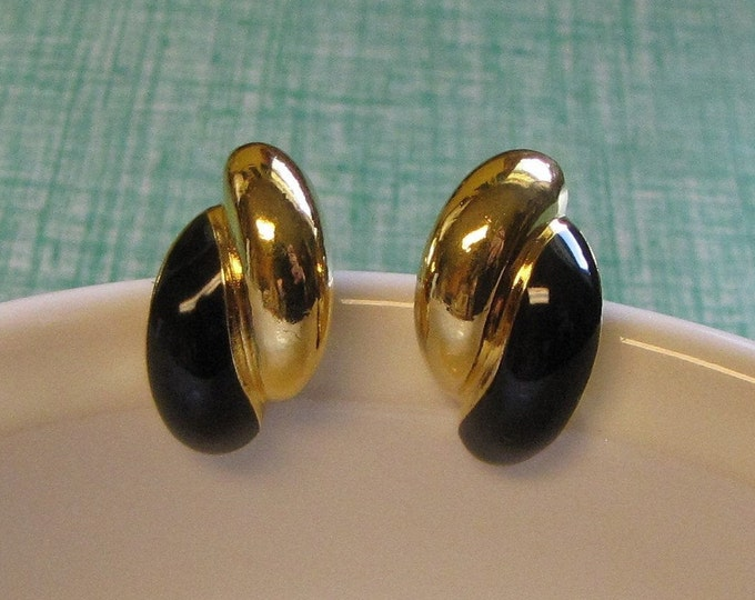 Gold Toned and Black Clip-On Earrings Vintage Jewelry and Accessories