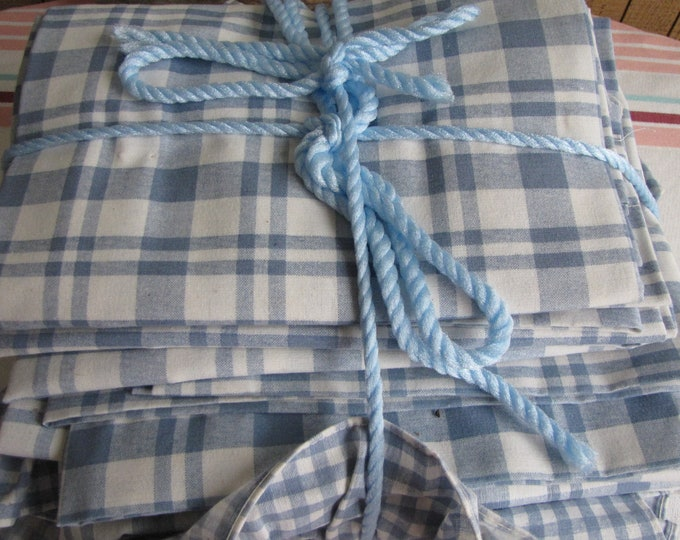 Vintage Linens Curtains Blue Checkerboard Croscill Brand Kitchens Eight (8) Panels
