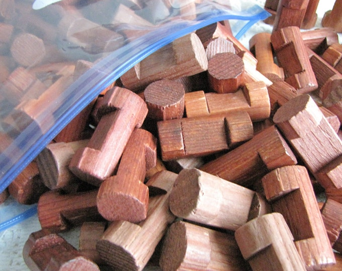 Lincoln Logs Single Notched Wooden Building Logs Vintage Toys and Games