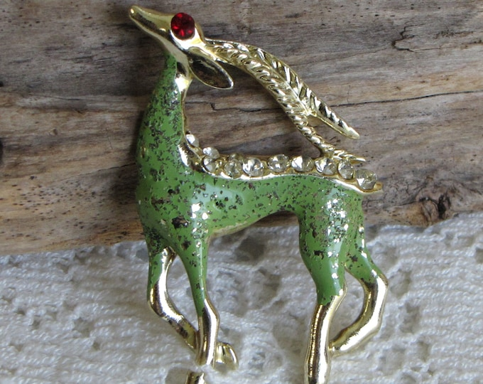 Gazelle Brooch Gold Toned Vintage Jewelry and Accessories
