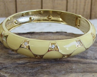 Yellow Bracelet with Rhinestones Gold Toned Vintage Jewelry and Accessories