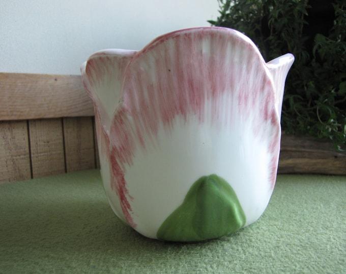 Vintage Tulip Flower Pot Indoor or Outdoor Gardens Clay Pots Florist Ware