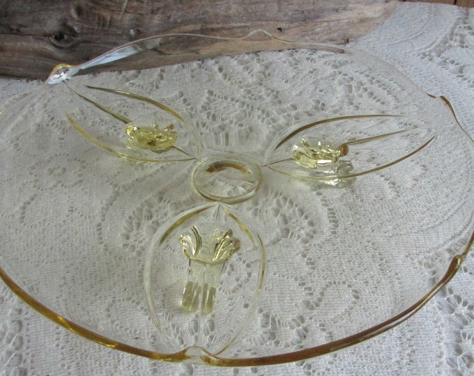 Vintage Fostoria Yellow Depression Glass footed cake plate