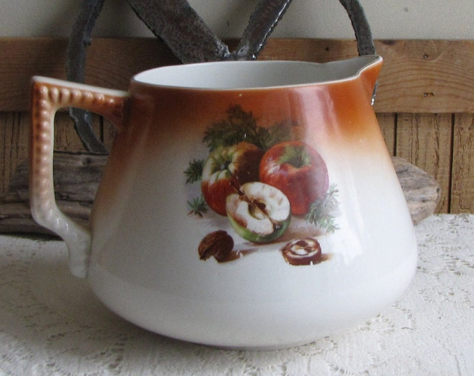 Owens St. Louis Lemonade Pitcher Minerva Vintage Drinkware Gold Medal Mid Century Kitchens and Serving Ware