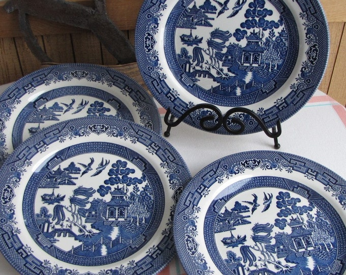 Blue Willow Dinner Plates Churchill Vintage Dinnerware and Replacements Set of Four (4)