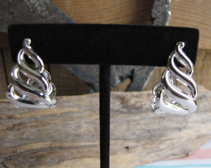 Silver Toned Waves Pierced Earrings Vintage Jewelry and Accessories