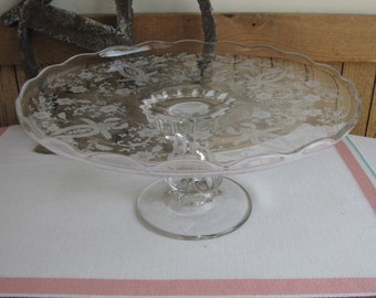 Viking Etched Glass Cake Stand Prelude Line Radiance Pattern circa 1940s Vintage Kitchens and Cake Plate 1940 to 1986