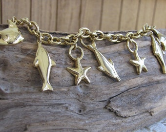Beach Charm Bracelet Vintage Jewelry and Accessories Gold Toned