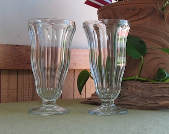 Ice Cream Glasses Vintage Drinkware Set of Two (2)