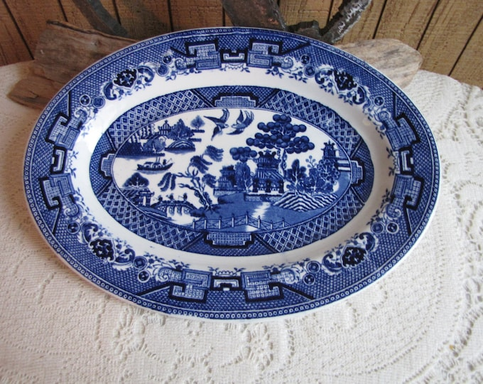 Blue Willow Dinner Platter Vintage Dinnerware and Replacements Chinoiserie Farmhouse Kitchens