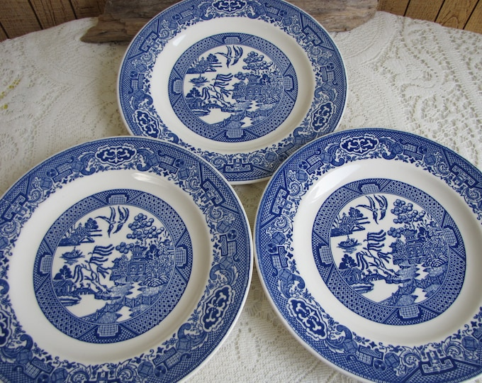 Blue Willow Luncheon Plates Royal China Three (3) Plates Vintage Dinnerware and Replacements Plate Walls