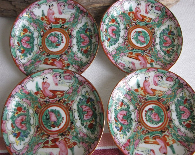 Japanese Imari Saucers Set of Four (4) Canton Rose Pattern Vintage Dinnerware and Replacements Chinoiserie