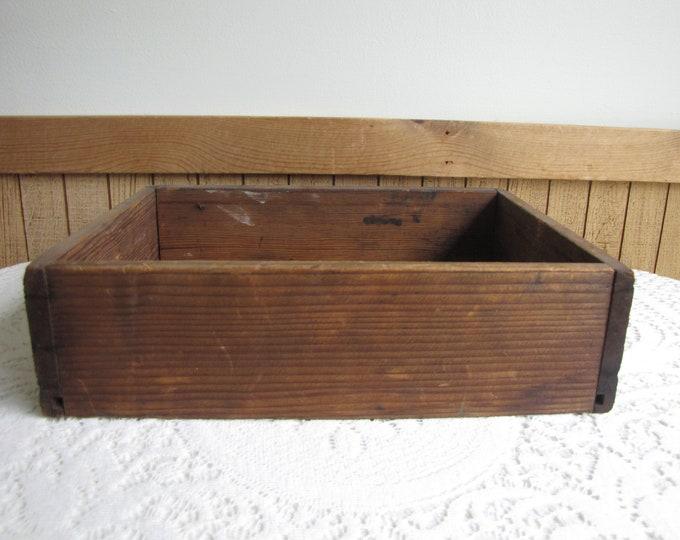 Old Wood Crate Vintage Boxes