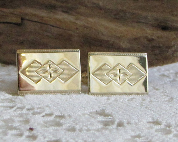 Men's Cuff-links Gold Toned Rectangle with Diamond Shapes Vintage Jewelry and Accessories or Formal Wear