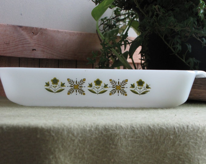 Fire King Meadow Green Casserole Low Baker Vintage Anchor Hocking Oven and Bake Ware 1968-1976