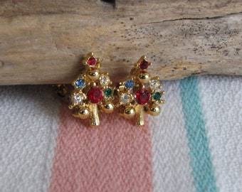 Christmas Earrings Trees Clip Ons Vintage Holiday Jewelry and Accessories