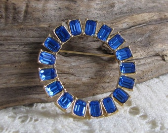 Monet Blue Circle Brooch Gold Toned Rhinestones Vintage Jewelry and Accessories