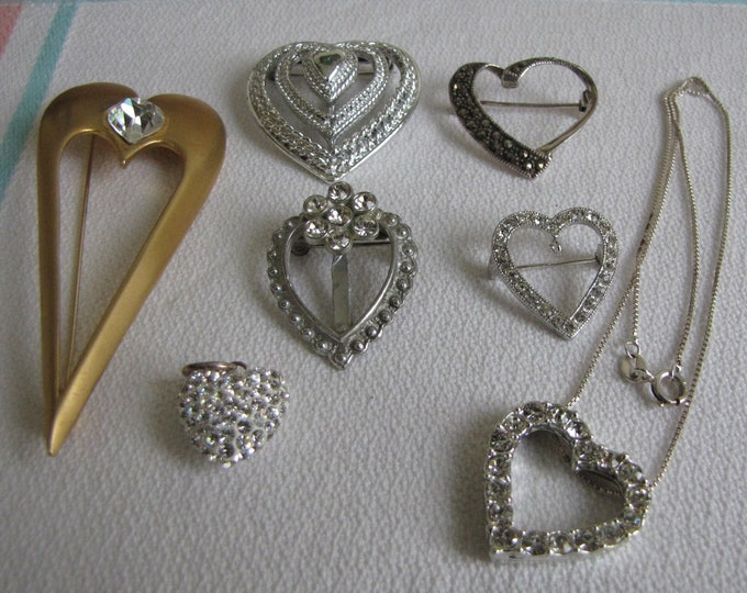Heart brooches lot of 7 pins Vintage Jewelry and Accessories