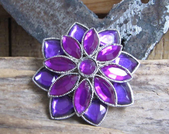 Purple Cabochon Flower Brooch Vintage Jewelry and Accessories