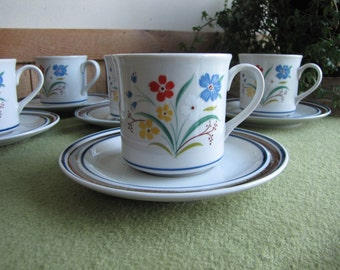 Salem Stoneware Cups and Saucers Georgetown Pattern 1960s Discontinued Set of Six (6)