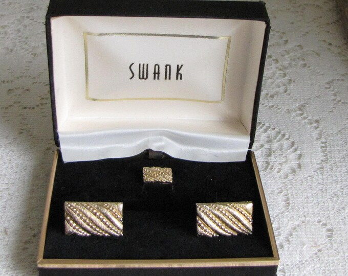 Swank Cuff Links Gold Toned Cuff Links and Tie Tac Vintage Men's Jewelry and Accessories