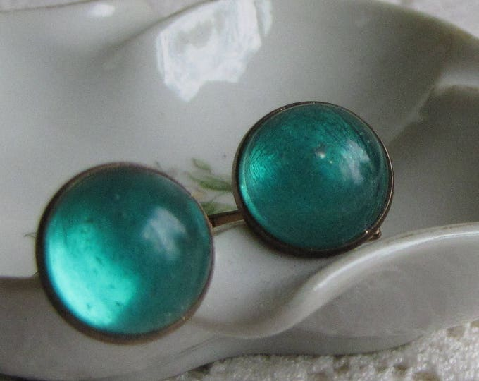 Vintage Green Cuff Links Men's Vintage Accessories and Jewelry Gold Tone with Green Cabochon Circa 1940s