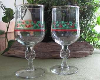 Christmas Wineglasses Arby's Holly and Berries Two (2) Promotional Glasses Vintage Barware