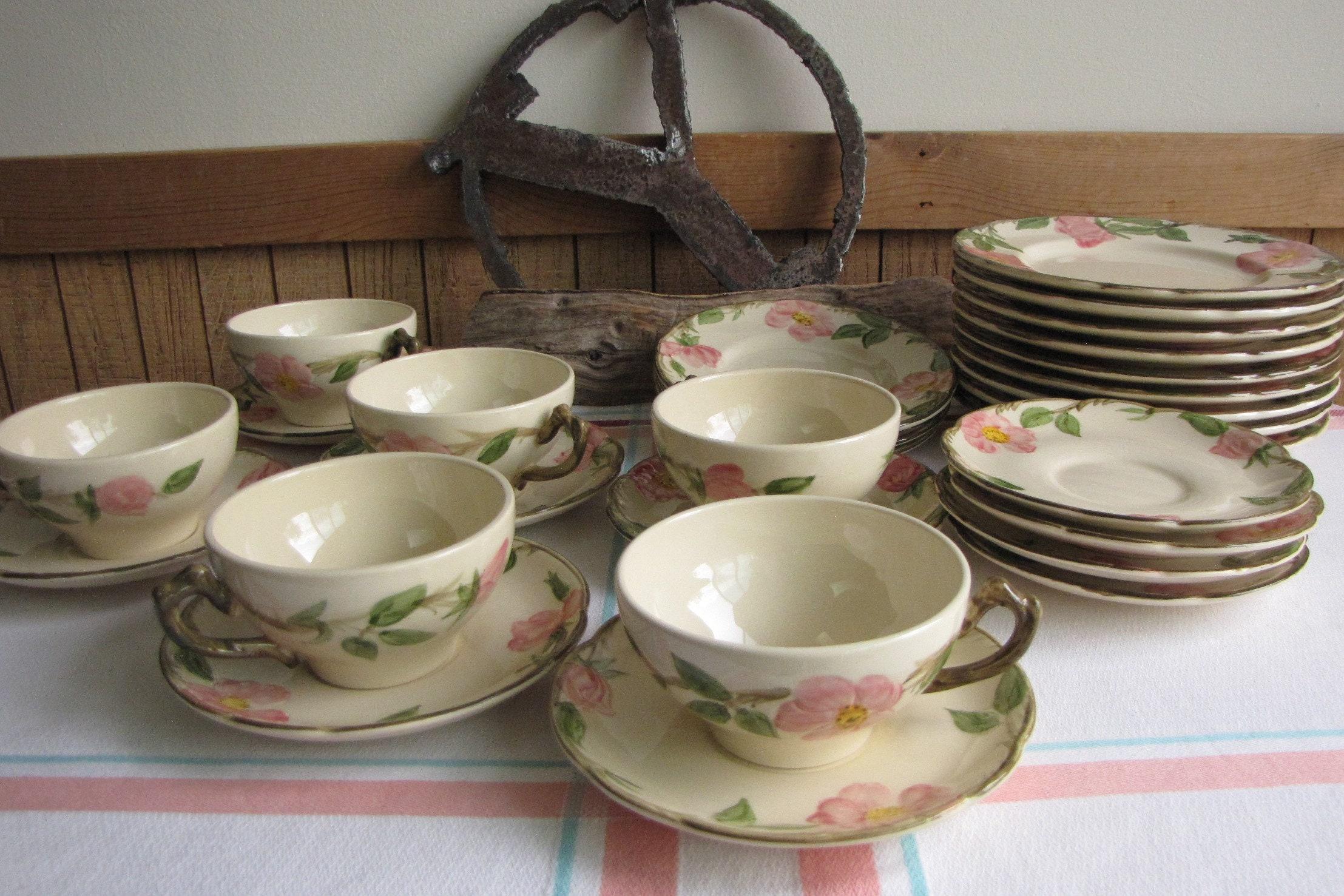 set of 4 1940s Gladding McBean Franciscan Desert Rose saucers