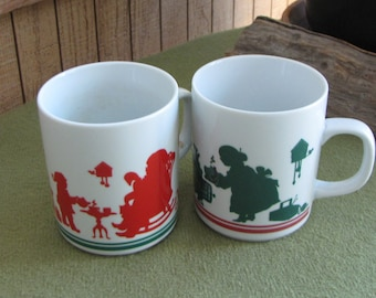 Vintage Avon Mr. and Mrs. Santa Coffee Mugs Silhouettes Elves 1984 Set of Two (2)