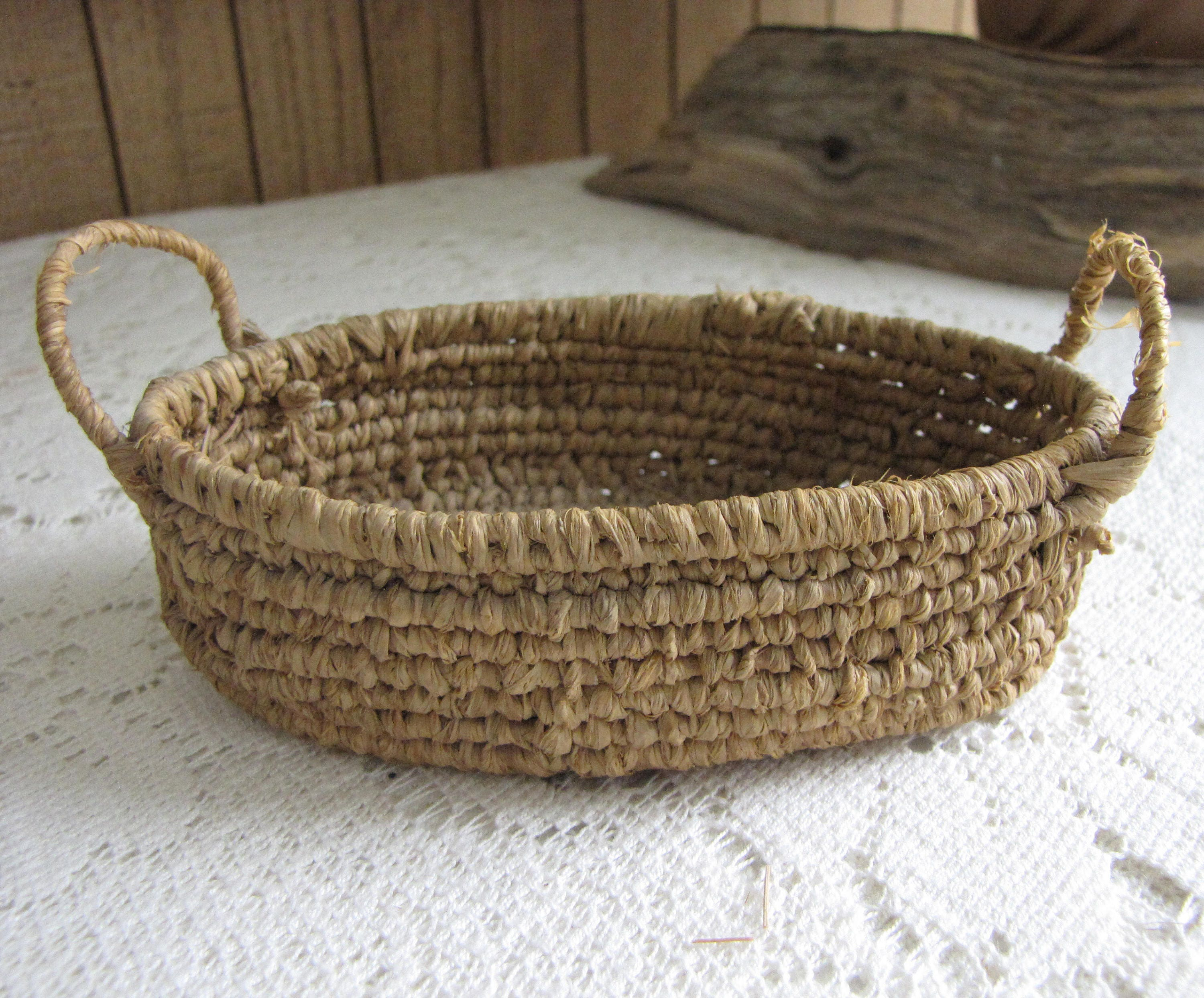Small Oval Basket Tray Miniature Serving or Gathering Basket and ...
