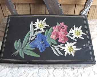 Vintage wood jewelry box floral carved