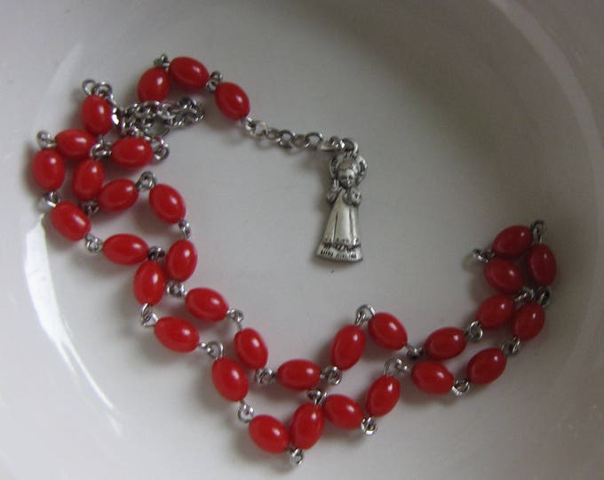 Child's Red Rosary Dyed Jadeite Creed Sterling With Jesus Medal Vintage Religious Jewelry