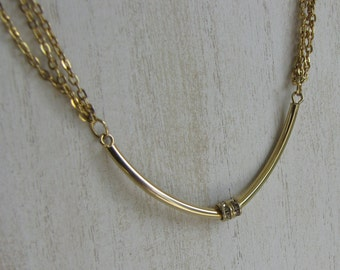Choker with Rhinestone Pendant Gold Toned Vintage Jewelry and Accessories