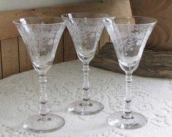 Etched Wine Glasses Fern Leaf by Bryce Set of Three (3) Wineglasses Circa 1945 Vintage Barware