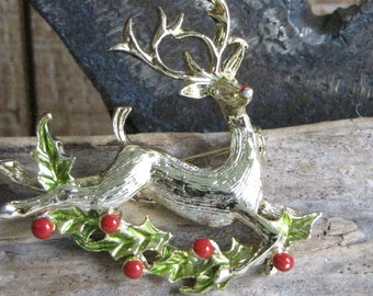 Gerry's Christmas reindeer brooch gold toned Vintage holiday jewelry