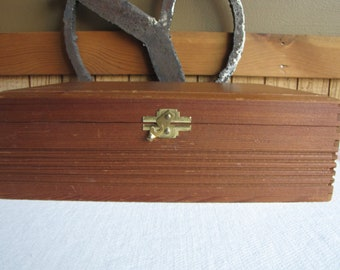 House of Windsor Cigar Box W.H. Snyder and Sons Inc. Vintage Boxes