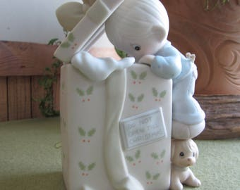 Precious Moments Do Not Open Until Christmas Music Box G Clef 1992 Symbol Toyland Tune Retired