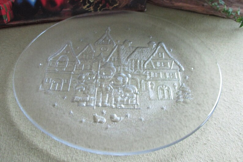 Christmas Platter Carolers And A Village Scene Made In Italy Etsy