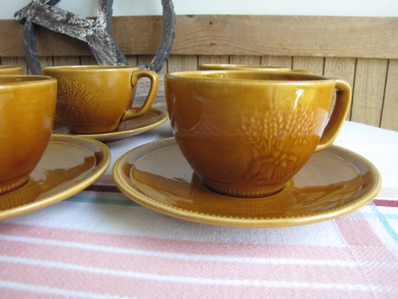 FRANCISCAN POTTERY WHEAT HARVEST BROWN SET//4 SAUCERS