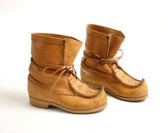 Vintage 80's 90's  Camel Brown Leather Mongolian Ethnic Boots