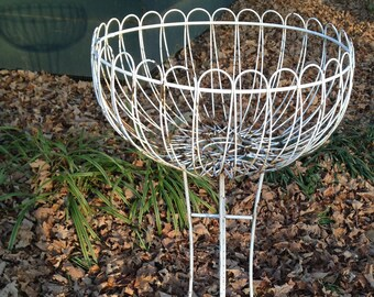 Vintage Wire Planter, Round White Wire Planter, 34 Inches Tall, Shabby Chic,  Porch Furniture