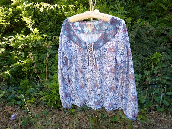 India cotton blouse, vintage, blue and old rose fl