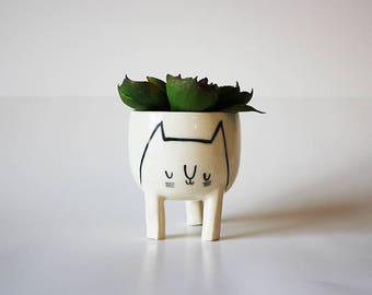 Ready to ship: Small Three-legged Cat Planter in White (free shipping)