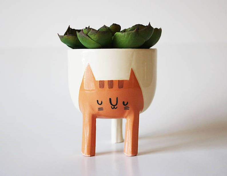 Pre-order ships February 14: Small Three-legged Cat Planter in image 0