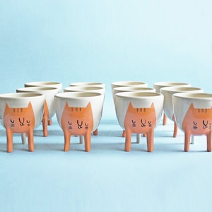 Ready to ship! Small Three-legged Cat Planter in Orange Tabby (free shipping), Handmade ceramic succulent plant pot, pottery made in Canada
