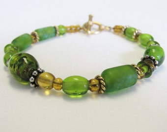 Handcrafted Green and Gold bracelet with Gold Toggle Clasp