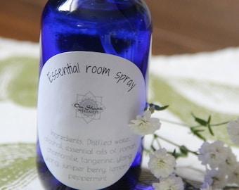 Essential room spray
