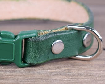 Adjustable Forest Green Leather Cat Collar - Safety Breakaway Leather Cat Collar